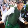 Obama taps traditional Saudi oil keg to mark crowning of King Salman