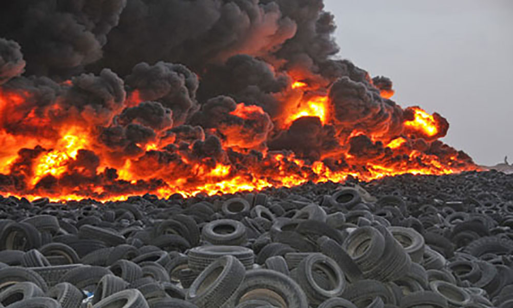 Tire, Flaming Tires, Tire Fire PNG Transparent Clipart ... |Flamming Tire